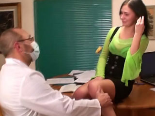 Spectacular brunette maturing brand-new sucking with an increment of getting gaped