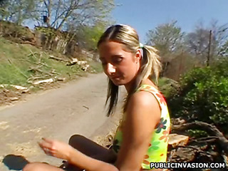 Seductive pretty gives moans on being fucked doggystyle