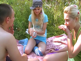 These hot horny teenies round lucky impoverish a evil threesome