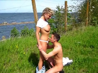 Nice sweltering babe making good blowjob plus gaping dude gone away from