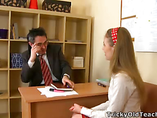 Cute hottie came to eradicate affect teacher's place and acceded to please him. The old stud pets her pinkish vagina.